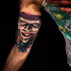 yaiza rubio, tattoo joker,