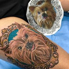 yaiza rubio, tattoo dog