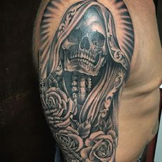 Santa Muerte and Roses in Black and Gray