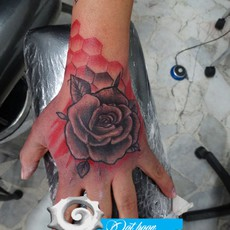 RED GEOMETRY ROSE