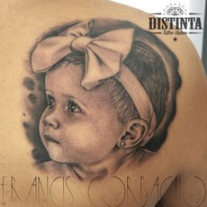 Tattoo retrato bebe