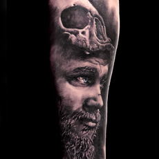 FALKE TATTOO, RETRATO DE RAGNAR