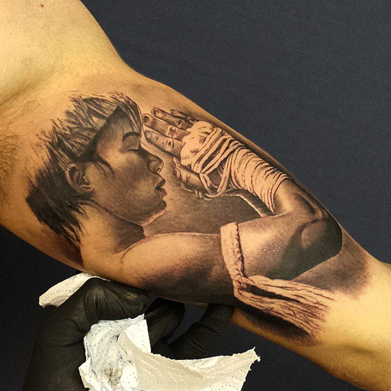 Tatuajes muay thai awesome muay thai tattoo symbols and for Tattoo shops in kenner