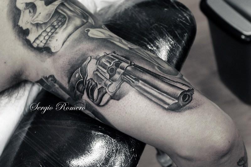 Revolver Tatuaje tatu revolver