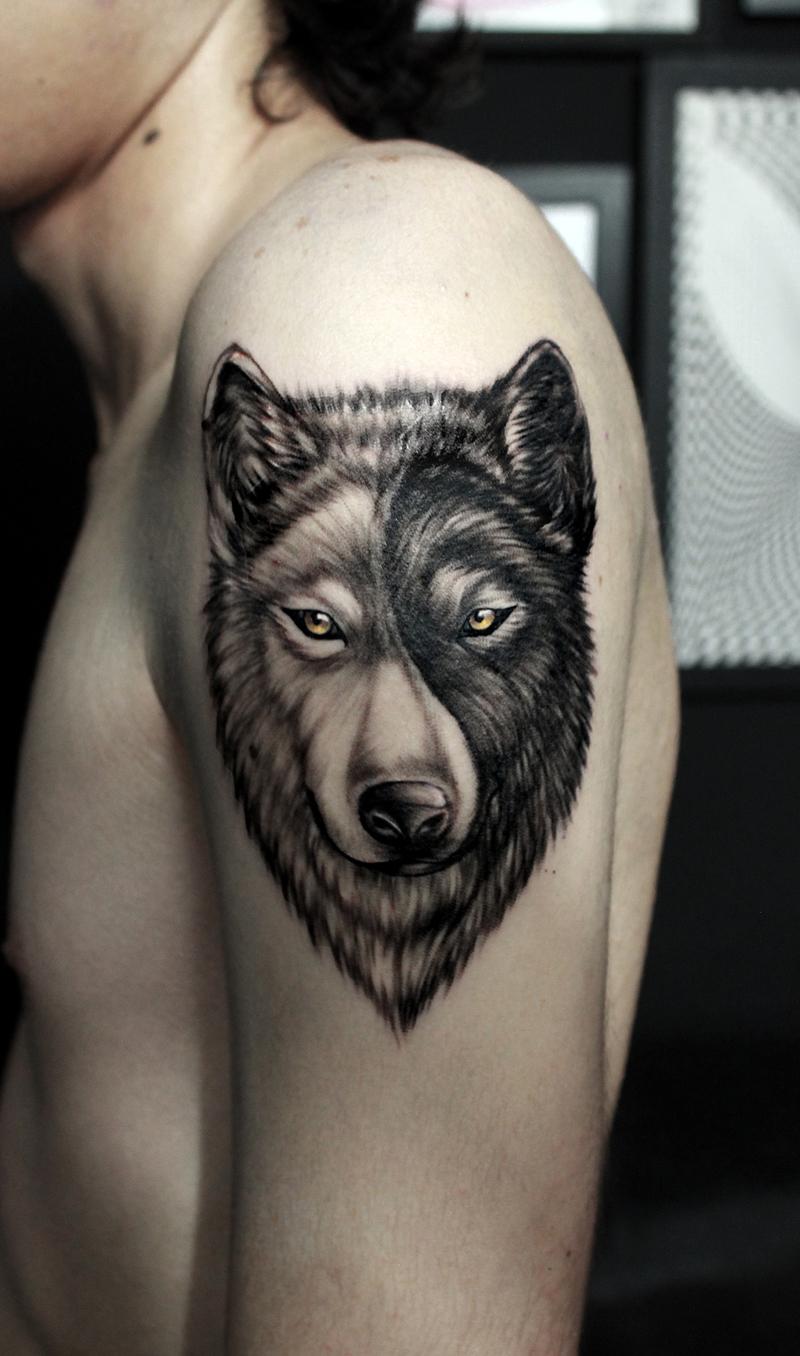 4c9171468e3be Ying Yang wolf.