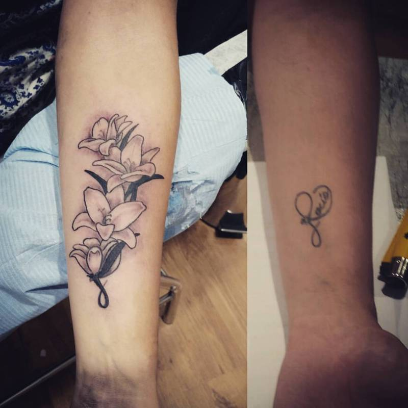 Tatuajes Flores Black And Grey flores cover up tattoo
