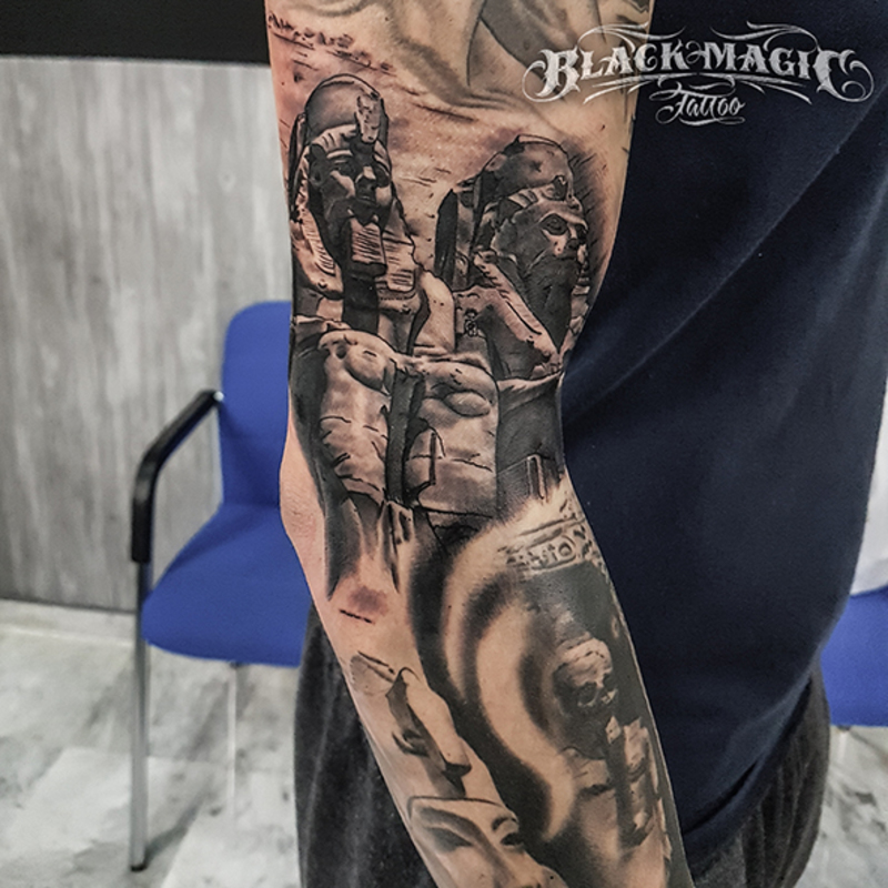 Tattoo by Manu Ortín